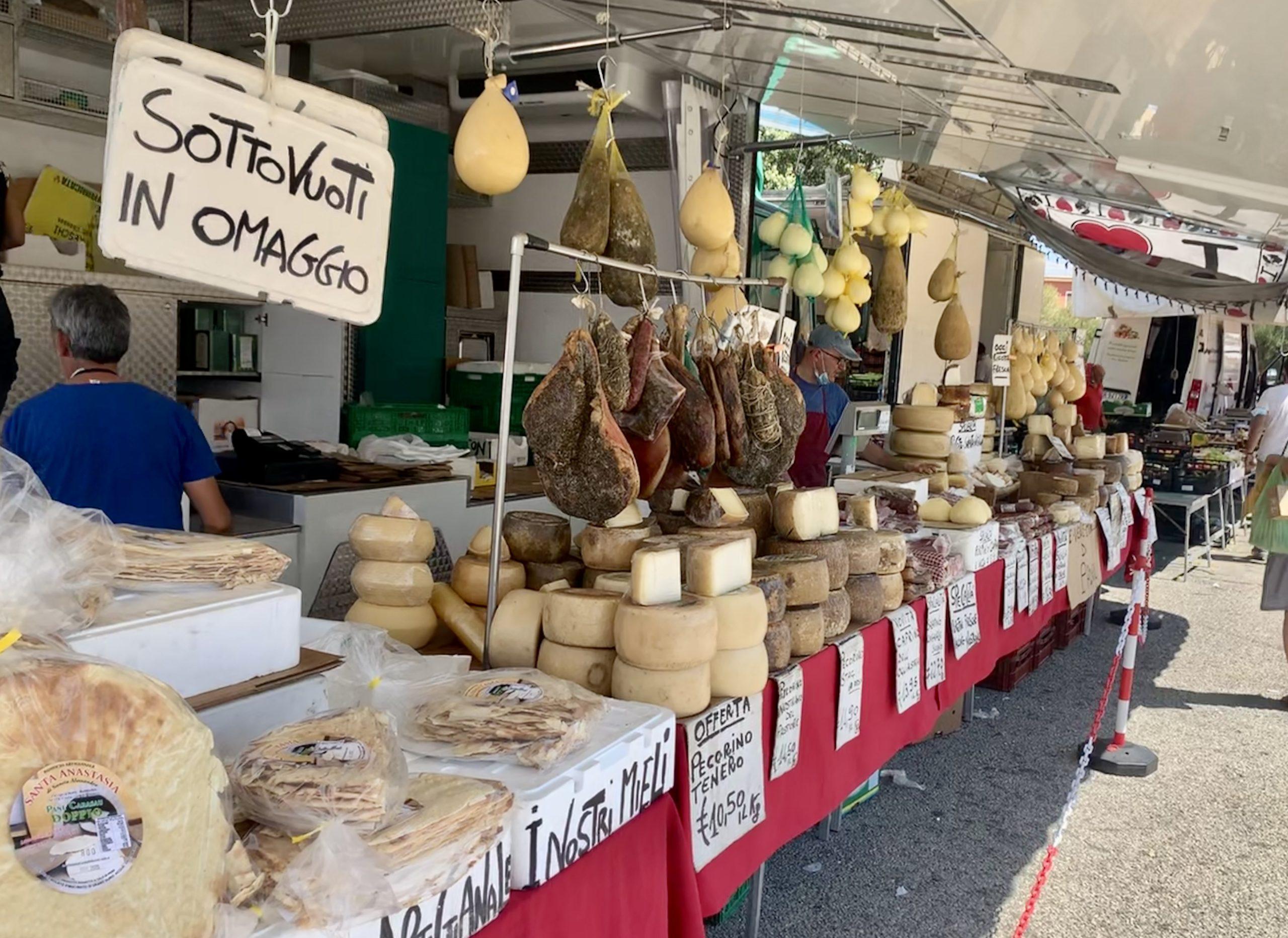 Market Day in San Pantaleo